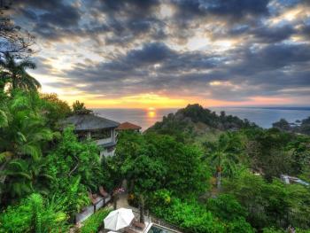 Costa Rica con programa de Yoga Básico